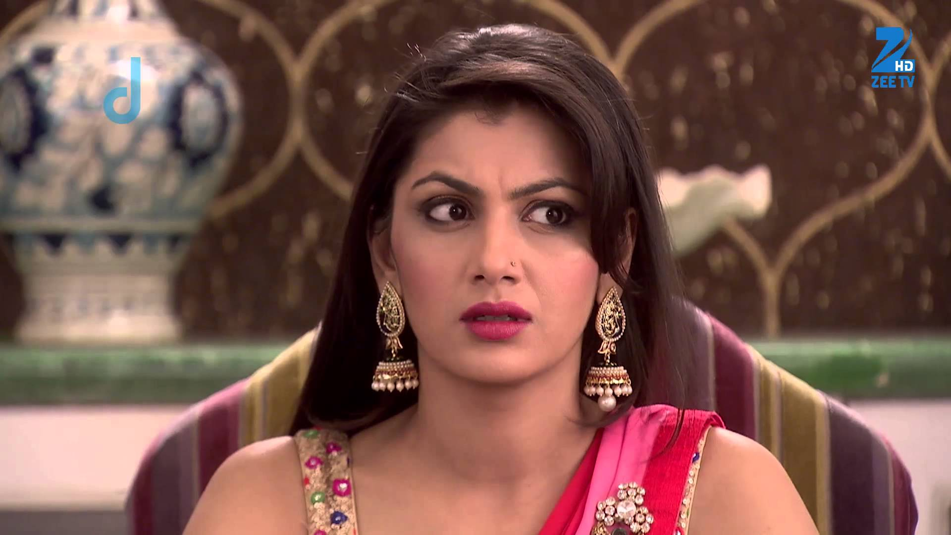 Pragya looks on upset! Kumkum Bhagya 15th March 2016 Episode Written Updates