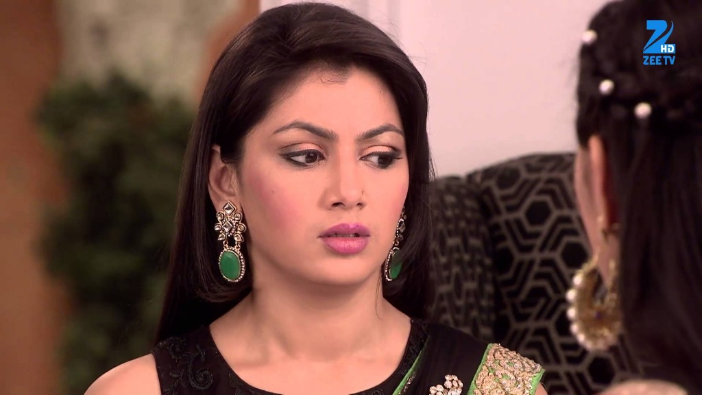 Tanu raises her hand to slap Pragya! Kumkum Bhagya 31st March 2016 Episode Written Updates