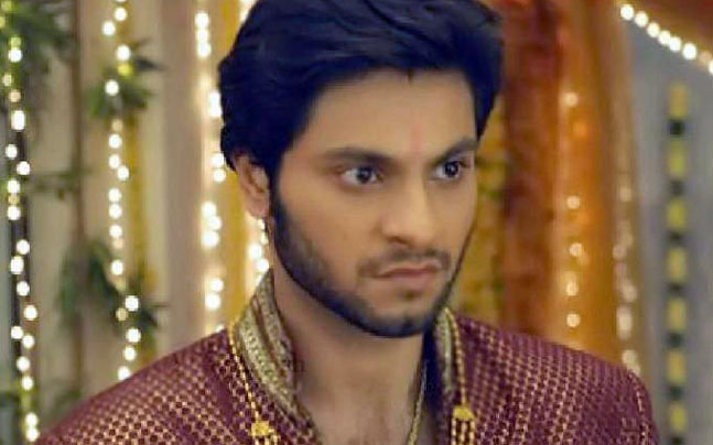 Raja Speaks With Viplav About His Past Life! Ishq Ka Rang Safed 8th March 2016 Episode Written Updates