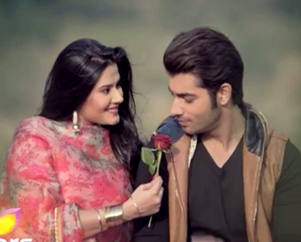 Rishi To Come In India! Kasam Tere Pyaar Ki 15th March 2016 Episode Written Updates
