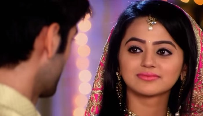 Swara To Save Uttara! Swaragini 29th April 2016 Episode Written Update