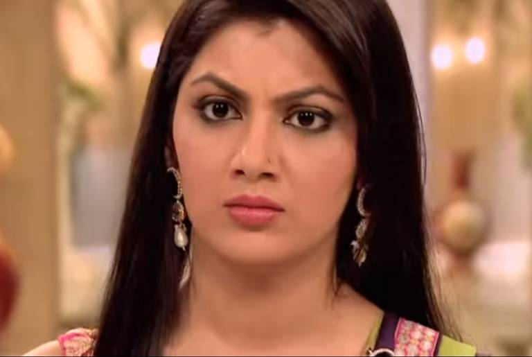 Pragya is shocked! Kumkum Bhagya 25th April 2016 Written Episode Update