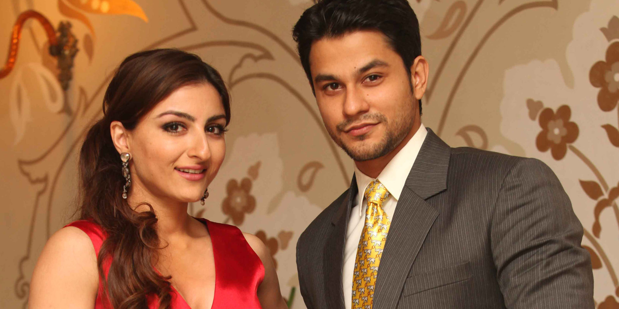 NEW DELHI, INDIA - NOVEMBER 7: Actor Soha Ali Khan with her boy friend Kunal Khemu during profile shoot for HT City on November 7, 2012 in New Delhi, India. (Photo by Manoj Verma/Hindustan Times via Getty Images)