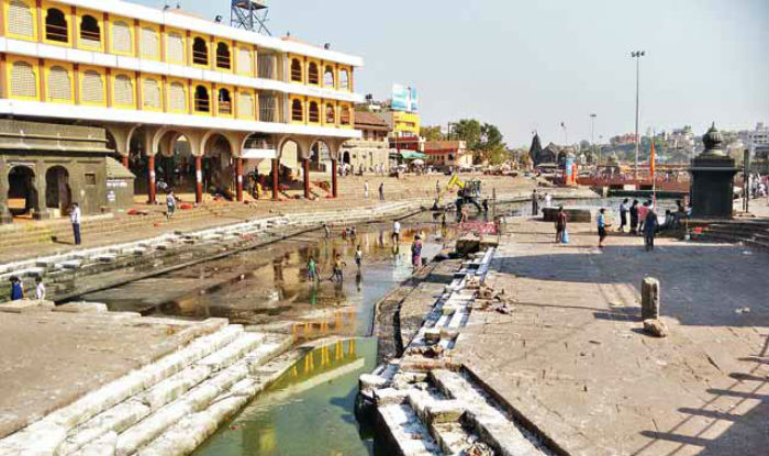 For the First Time Kumbh Bathing in Nashik has Gone waterless in 130 Years of History