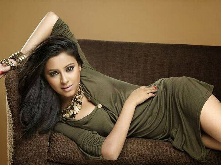 Pratyusha Banerjee dead! Twitter reactions of the Popular Celebrities to the suicide of Balika Vadhu actress