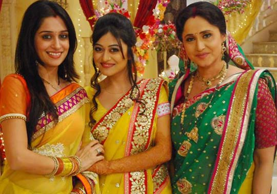 Jhanvi throttles Prerna! Sasural Simar Ka 26th April 2016 Episode Written Update