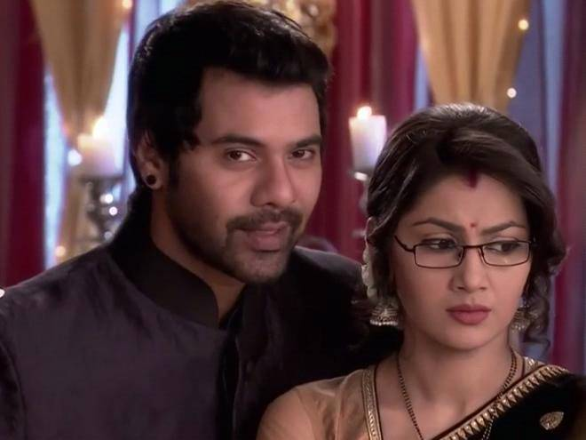 Pragya and Abhi argue! Kumkum Bhagya 8th April 2016 Episode Written Updates