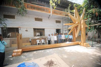 World's largest spinning wheel 'Charkha' Establish in Hyderabad to be installed at IGI Airport