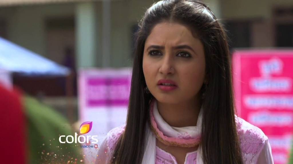 Aradhya is shocked! Krishnadasi 25th April 2016 Episode Written Update