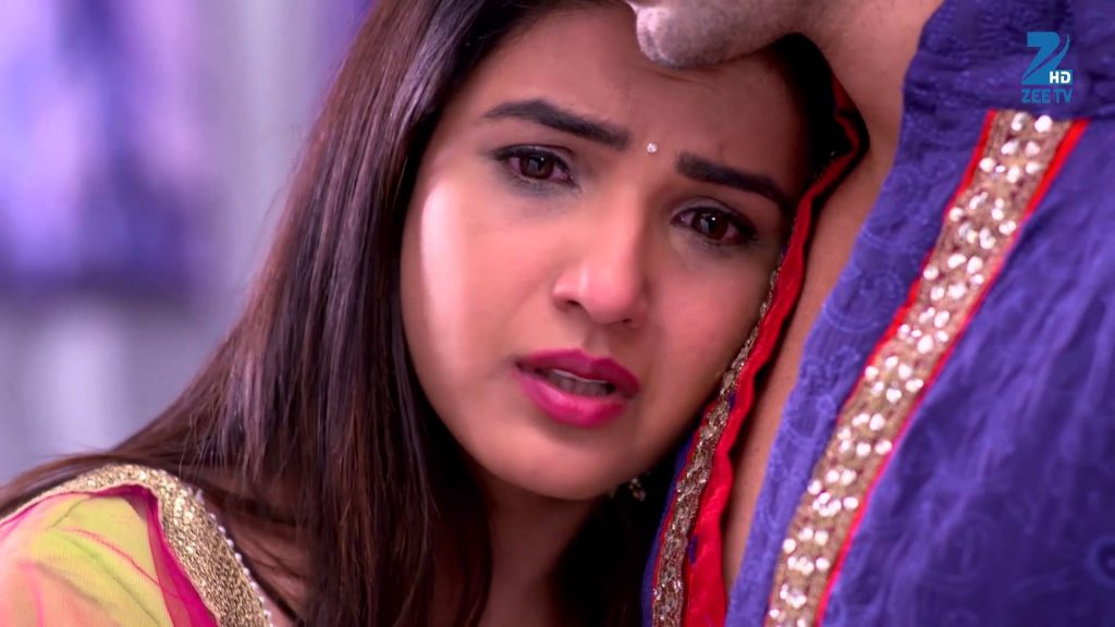 Twinkle is tensed! Tashan-E-Ishq 18th April 2016 Episode Written Update