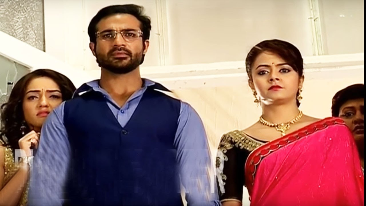 Ahem, Gopi and Meera are shocked! Saath Nibhana Saathiya 6th April 2016 Episode Written Update