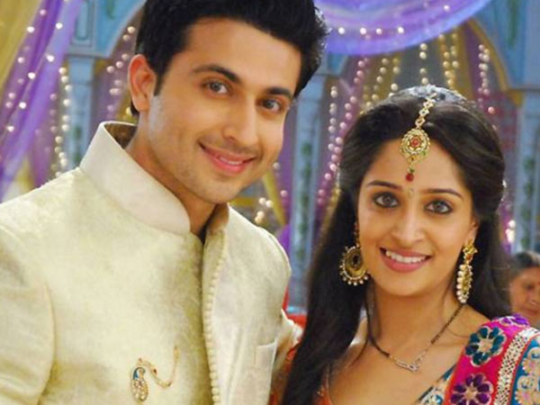 Jhanvi comes with a knife! Sasural Simar Ka 24th April 2016 Episode Written Update