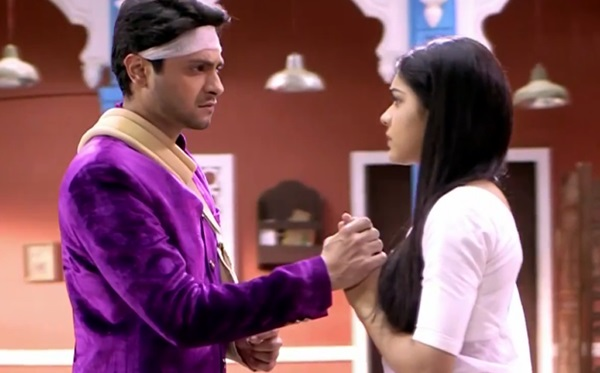 Viplav will teach law to Kamini! Ishq Ka Rang Safed 4th May 2016 Episode Written Update