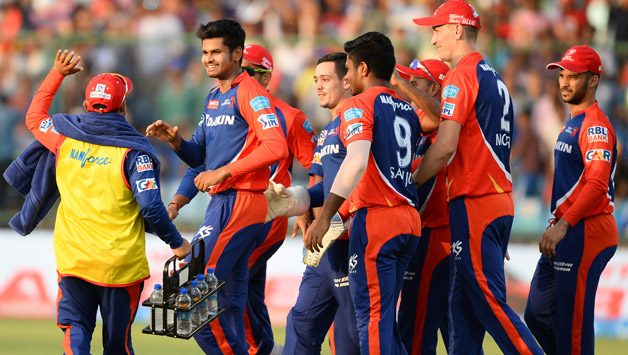 Delhi-Daredevils-cricketers-celebrate-the-dismissal-of-unseen-Mumbai-Indians-batsman-Parthiv-Patel