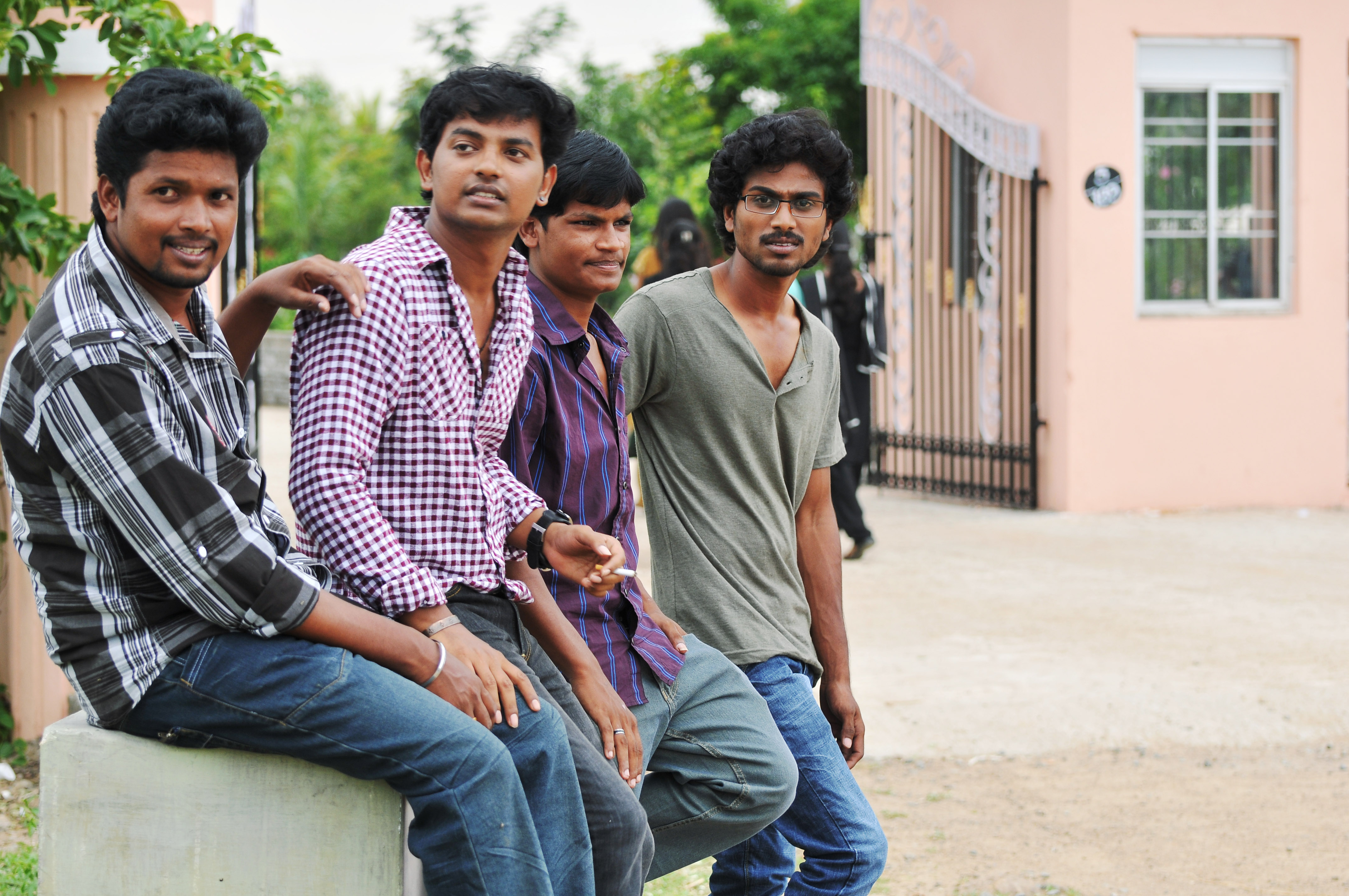 Uriyadi Movie Review & Rating