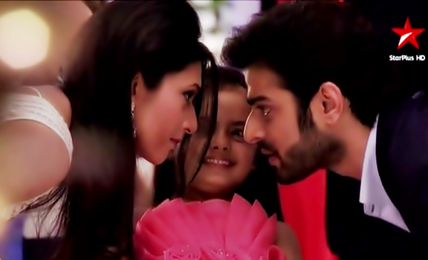 Abhishek saved Shravan life! Yeh Hai Mohabbatein 3rd May 2016 Episode Written Updates
