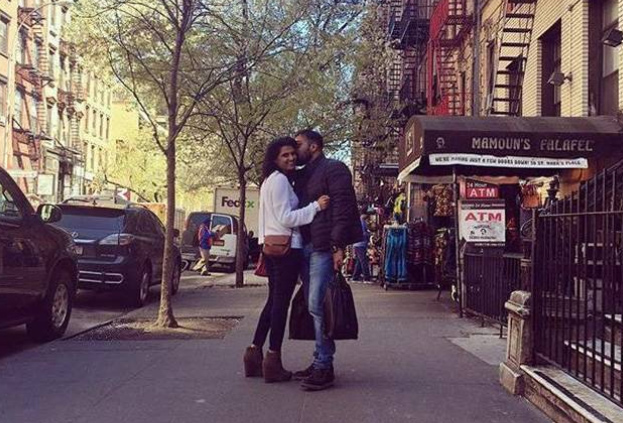 Anurag Kashyap lands a kiss on his 'rumoured' girlfriend's cheek, picture goes viral