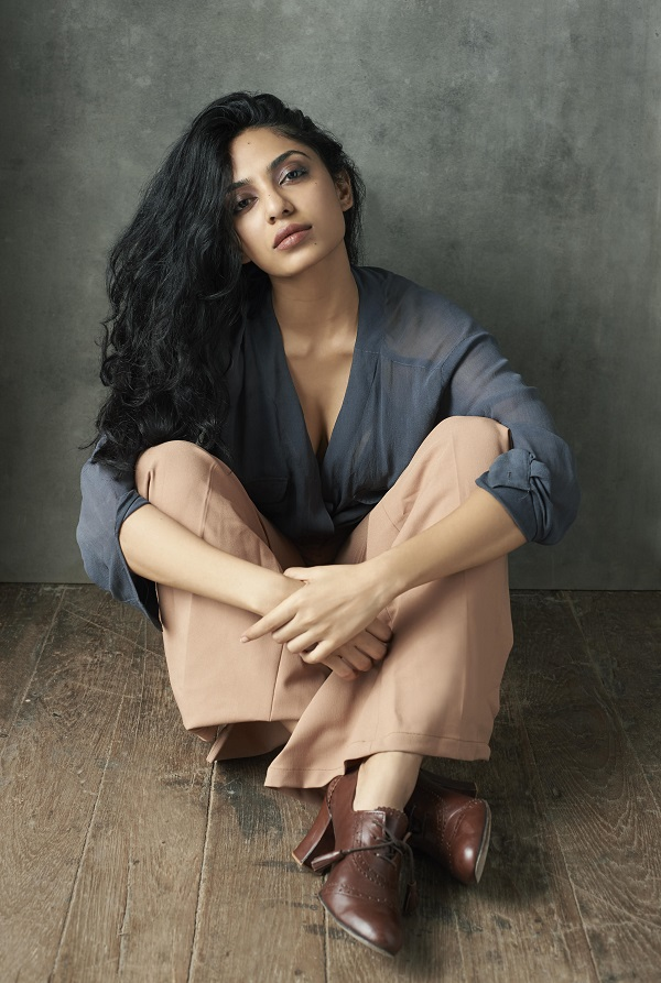 Former Miss India Earth Sobhita Dhulipala gets thumbs up on her Bollywood debut1