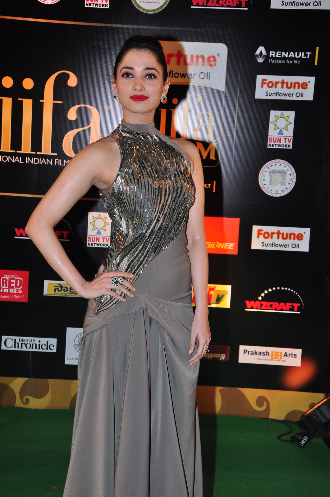 Tamanna at IIFA Utsavam Awards 2016-Day 2
