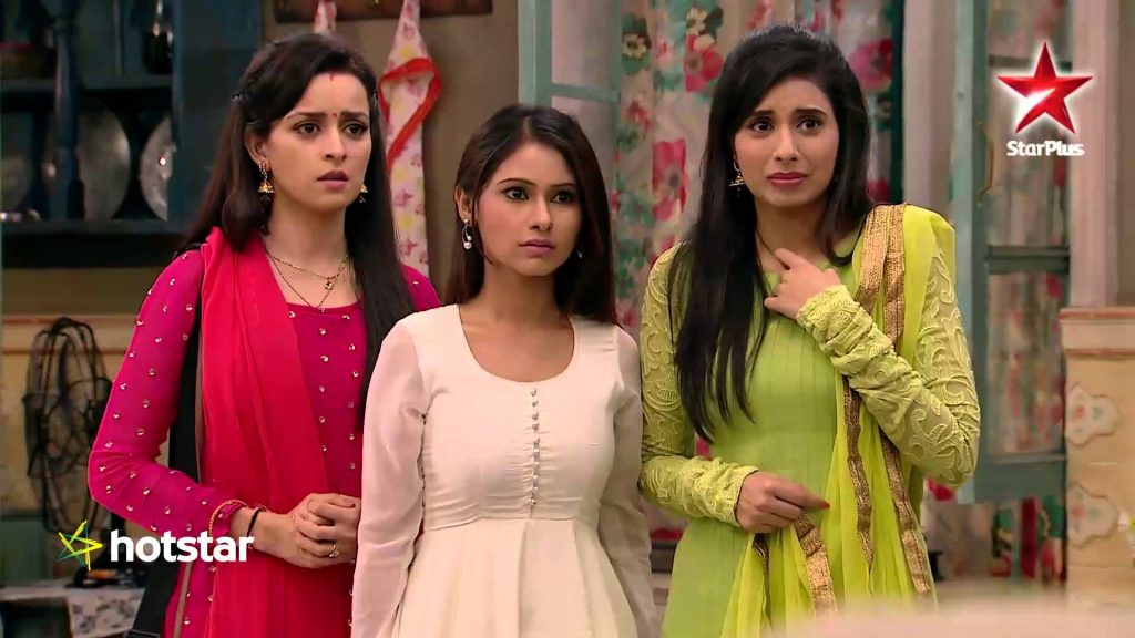 Mere Angne Mein Today Written Updates