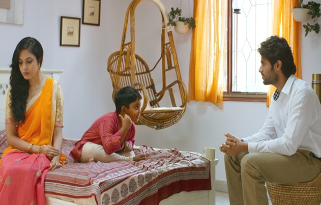 Pellichoopulu Telugu Movie Review