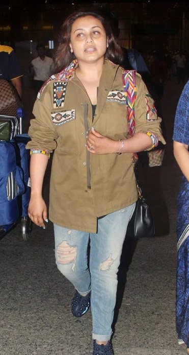 Rani Mukerji's FIRST PUBLIC appearance post baby Adira's birth2