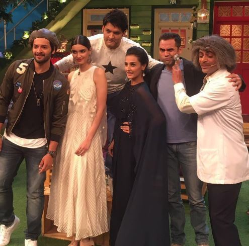 The Kapil Sharma Show 24 July, 2016 Full Episode Guest Happy Bhag Jayegi Team