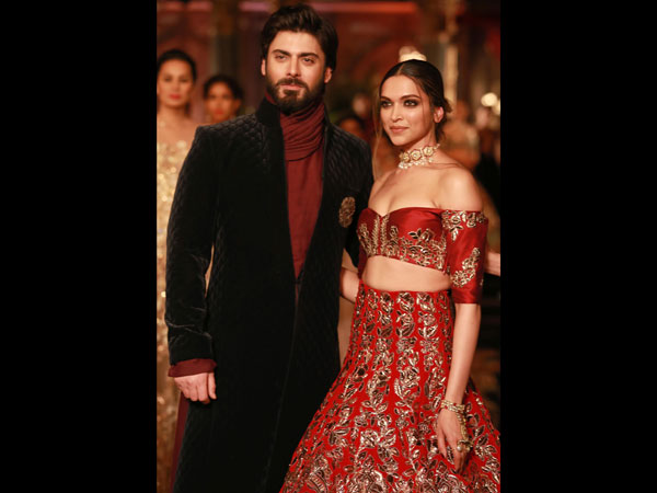 deepika-padukone-fawad-khan-pictures-from-icw-2016-indian-couture-week-1-21-1469076784