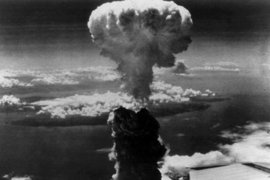 a history of dropping of atomic bombs on the japanese cities of hiroshima and nagasaki Atomic bombs were dropped on the japanese cities of hiroshima and nagasaki urging him to research atomic bombs a professor of history.