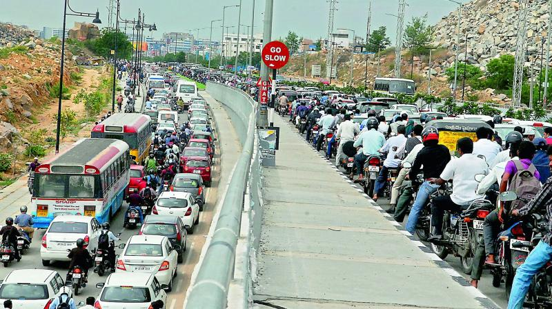 Hit by jams, techies come up with new lane system in Hyderabad