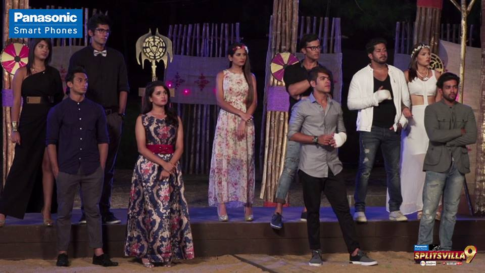 The Splitsvillans make their way to the dumping ground! Will the Book of Fortune save anyone tonight