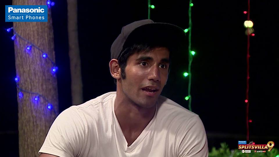 Varun Sood requests Rajnandini to not dump him and Martina!