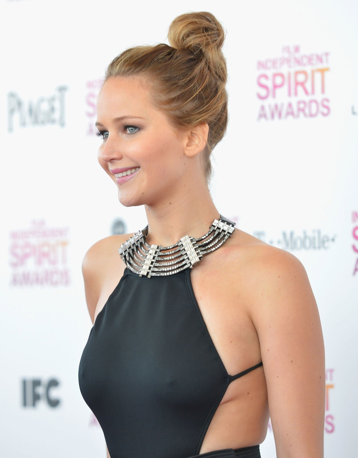 jennifer-lawrence-hot-stills
