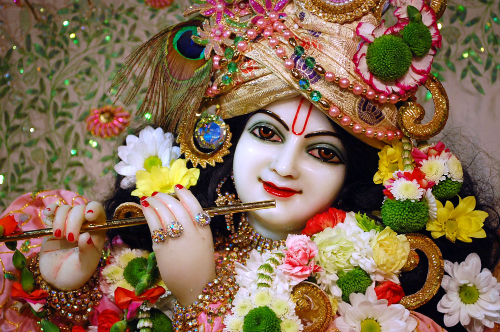 Full Screen Wallpapers Of Lord Krishna | galleryhip.com - The Hippest ...