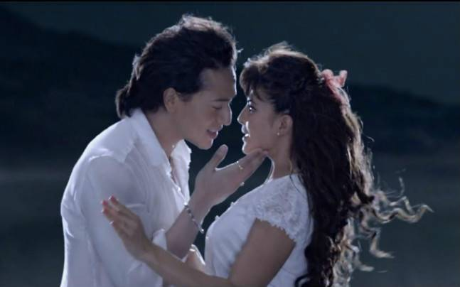 A Flying Jatt Box Office Collection Total Worldwide Earning Till