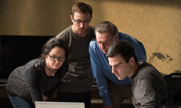 hollywood-snowden-movie-review-rating