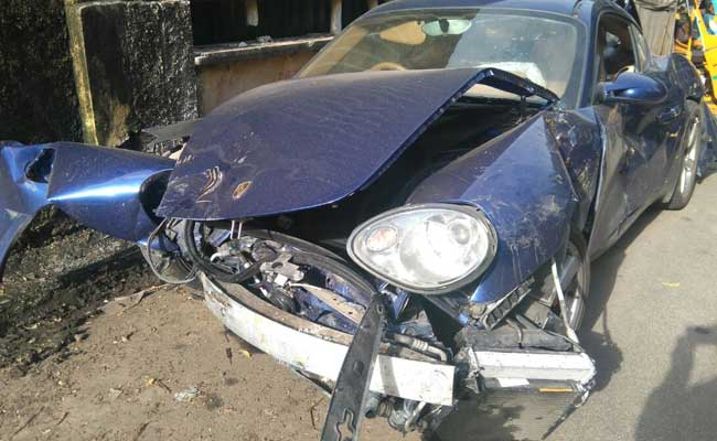 chennai-porsche-accident_650x400_81474256990
