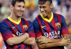 Barcelona's Argentinian forward Lionel Messi (L) and Barcelona's Brazilian forward Neymar da Silva Santos Junior (R) react prior to the 48th Joan Gamper Trophy football match FC Barcelona vs Santos at the Camp Nou stadium in Barcelona on August 2, 2013.