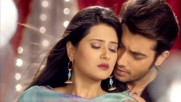 kasam-tere-pyaar-ki-10th-october-2016-written-update