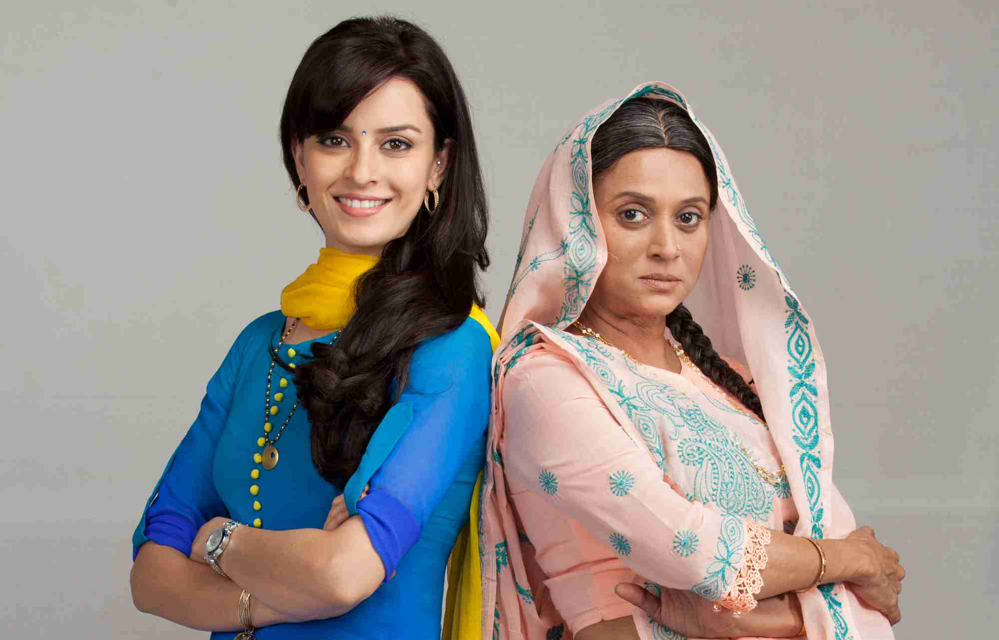 mere-angne-mein-24th-october-2016-written-update