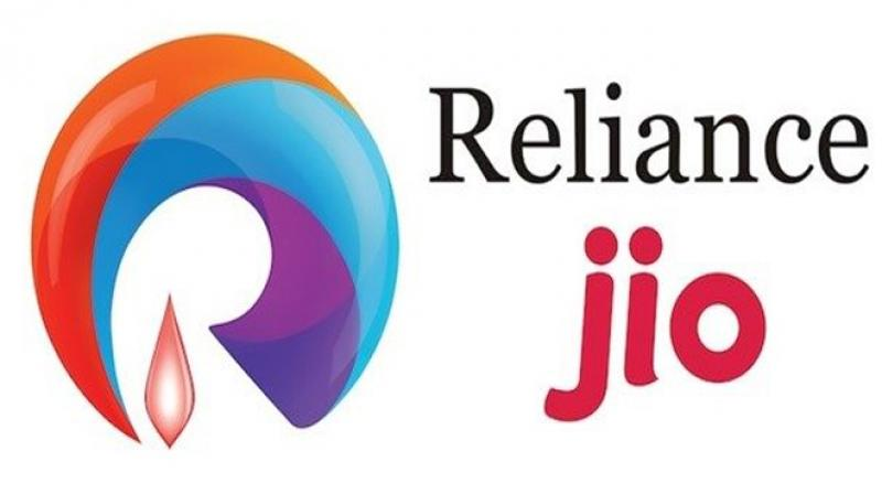 reliance-jio-offers-new-iphone-users-free-service-for-15-months