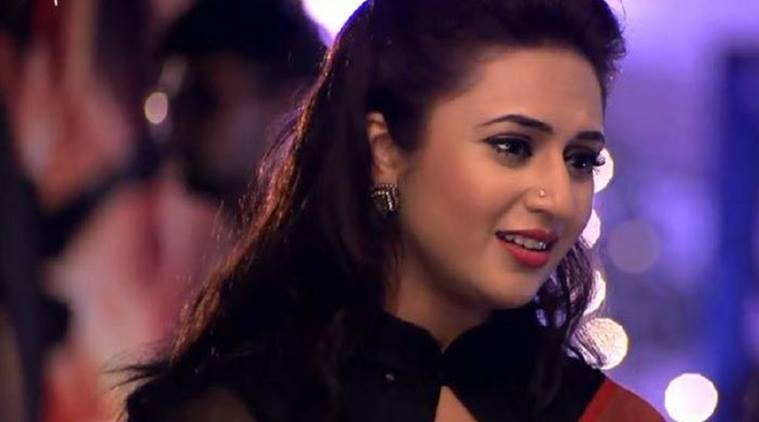 yeh-hai-mohabbatein-24th-october-2016-written-update