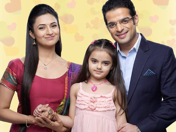 yeh-hai-mohabbatein-30th-october-2016-written-update