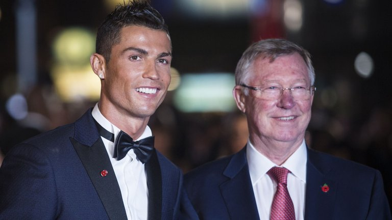 cristiano-ronaldo-sir-alex-ferguson-manchester-united-film-premiere-movie-london_3374891