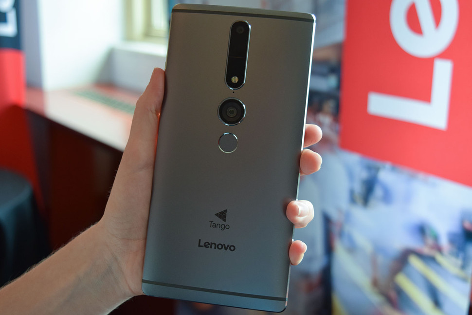 lenovo-phab-2-pro-with-tango-tech