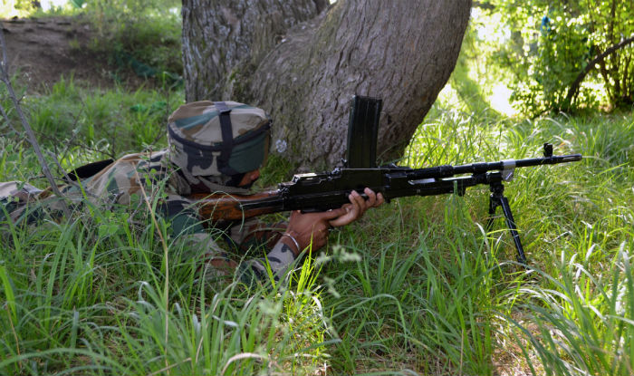 1-soldier-killed-in-an-encounter-between-terrorists-and-securtiy-forces-in-sopore-jk