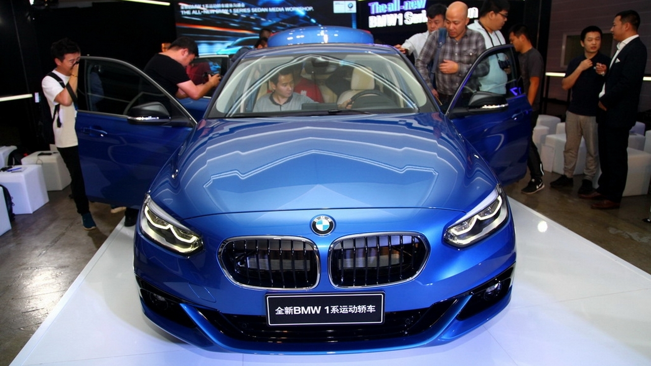 bmw-1-series-compact-sedan-officially-launched-in-3-variants-in-china