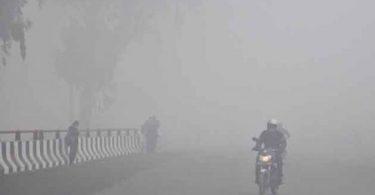 dense-fog-engulfs-delhi