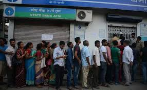 maharashtra-sbi-employee-dies-after-collapsing-in-bank