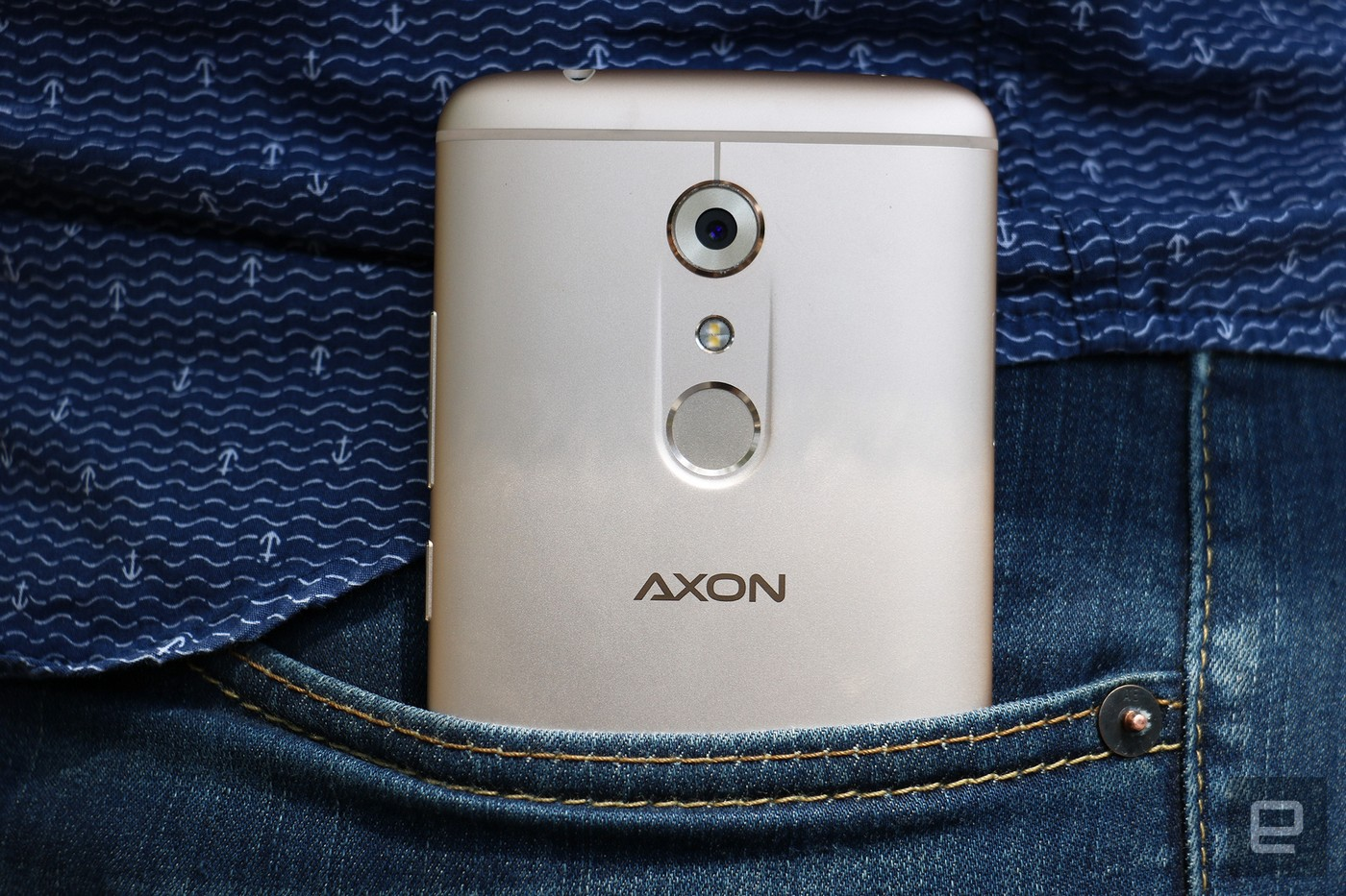 the-all-new-axon-7-is-here-a-premium-spec-budget-phone